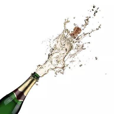 2018-11-14 12_08_25-champagne - Ecosia.jpg