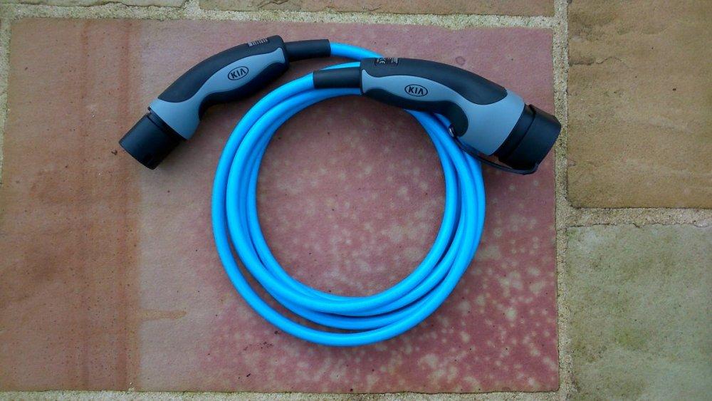 Cable-T2-T2.thumb.jpg.97b692d8d764c570657ed5fe726135c2.jpg