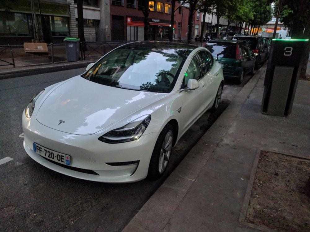 Un automobiliste sur une place de recharge II - Page 7 IMG_20190530_213058.thumb.jpg.cd7e3d48867ba299f9256d9891c7e5fc