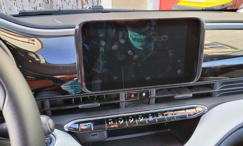auto radio.jpg